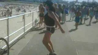 getlinkyoutube.com-Crazy Bondi Beach Exercise Woman ( Sexually Crazed!)
