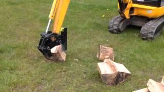 getlinkyoutube.com-mini digger log splitter / jcb 801 / kubota / bobcat / mini excavator