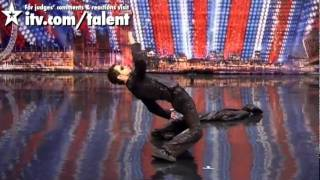 getlinkyoutube.com-اذهل العالم برقصته الرائعة