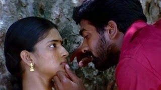 getlinkyoutube.com-Vijay Sethupathi kisses Vasundhra - Thenmerku Paruva Kaatru