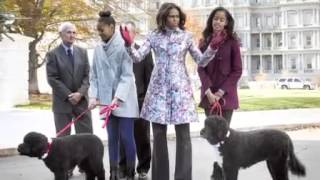 getlinkyoutube.com-Sasha and Malia Obama: Elevating the Image of Black Girls