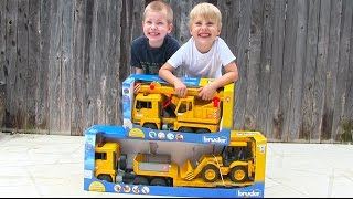 getlinkyoutube.com-Toy Truck Videos for Children - Toy Bruder Backhoe Excavator, Crane Truck and Tractor Trailer