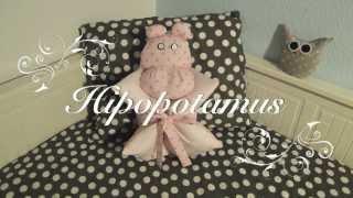 """getlinkyoutube.com-""""Tonterias para bebes"""" hechas a mano; baberos, almohadas, protectores,...."""