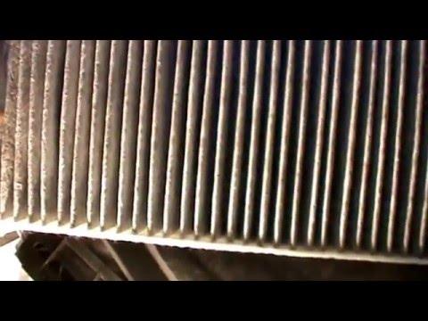 PORSCHE CAYENNE. SUSTITUIR FILTRO HABITACULO O DEL POLEN. Replacing cabin air filter.