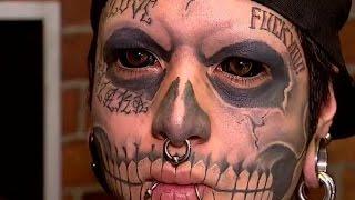 getlinkyoutube.com-Joven chileno se tatuó los ojos para parecer calavera - CHV Noticias
