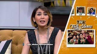 getlinkyoutube.com-Fenita Arie Mau Cium Haji Bolot (Ini Talk Show 7 April 2016)
