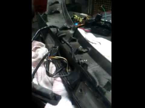 Хюндай Санта Фе Hyundai Santa FE не открывается багажник,ремонткнопки открытия багажника