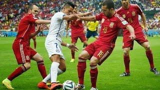 getlinkyoutube.com-Alexis Sanchez vs 3 or More Players