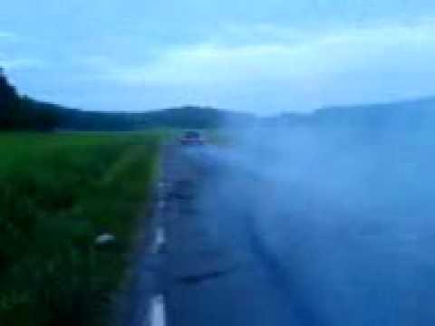 BMW 325 Burnout