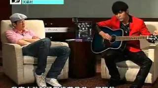 getlinkyoutube.com-Jay Chou shows off his guitar skill(周杰伦炫吉他技巧+免费教学录影带MV)