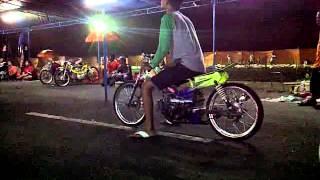 getlinkyoutube.com-Drag Bike pantai depok Yogyakarta.3GP