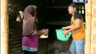 getlinkyoutube.com-Jejak Si Gundul - Kue Jaran Lombok, Sayur Ares & Sayur Pudak Nao Khas Sasak