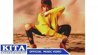 getlinkyoutube.com-แสงระวี อัศวรักษ์ : แมงมุม อัลบั้ม : แมงมุมขยุ้มหัวใจ [Official MV]
