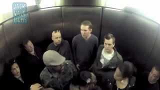 getlinkyoutube.com-Asansörde Osuruk Şakası - Çok Komik