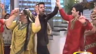 getlinkyoutube.com-Barun Sobti and Sanaya Irani off screen masti...TS gift on 2nd Anniversary