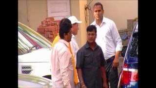 getlinkyoutube.com-Shahrukh, Aamir, Preity Rush To Meet Salman Khan After Hit-And-Run Case Verdict- Salman Guilty