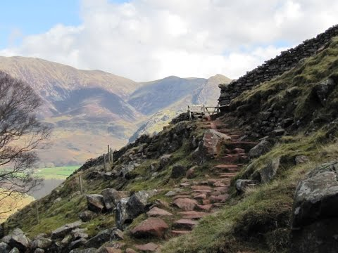 Lake District Country Walk   Buttermere to Red Pike via Scale Force round