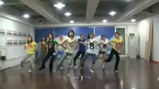 getlinkyoutube.com-090608 SNSD Practice Genie dance