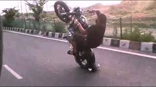 getlinkyoutube.com-Raja bullet stunt classic 350 3
