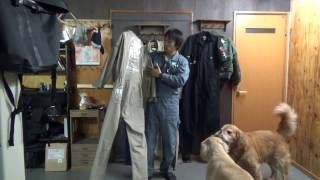 getlinkyoutube.com-【お知らせ】ヒッコリーツナギ受注生産の受付と歴代ツナギの紹介と犬