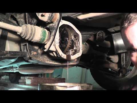 Расположение подшипника передней ступицы в Mazda Трибьют