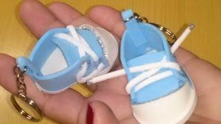getlinkyoutube.com-Como fazer um mini tênis de chaveiro em EVA para chá de bebê