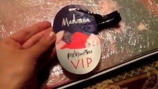 getlinkyoutube.com-Madonna - Rebel Heart Tour VIP Book - Unboxing