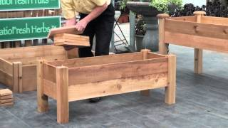 getlinkyoutube.com-How to build a simple elevated garden bed with Louis Damm