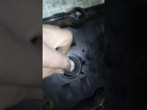 Где в Nissan Квест находятся маслосъемные колпачки
