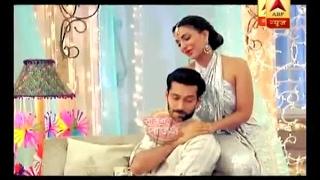 getlinkyoutube.com-Ishqbaaaz: When Shivaay enjoyed massage given by Tia