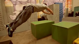 Amazing Gym Parkour and Freerunning 2015