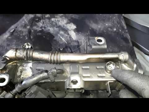 Замена водяной помпы на  BMW 5  N57 2013 Года , дизель,BMW 5 N57 2013 Diesel Wasserpumpe wechseln