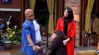 getlinkyoutube.com-Wow Bodyguard Donita Bukan Bikin Takut Tapi Bikin Ketawa