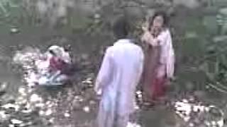 getlinkyoutube.com-larka awr larki  jang  Video by amirzada wazir