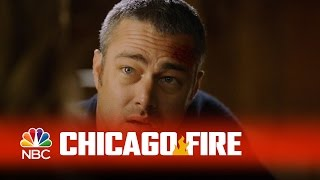 getlinkyoutube.com-Chicago Fire - That's Severide's Car (Episode Highlight)