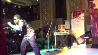 Oluwe performing at Silverbird Galleria