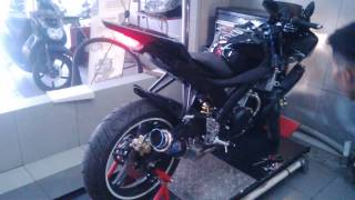 getlinkyoutube.com-Yamaha R15 Knalpot Racing Termignoni GP Rossi (Motoralap Exhaust)
