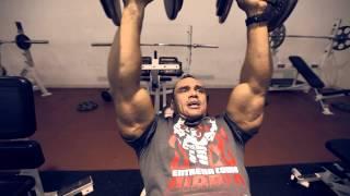 "IFBB Manuel ""Charro"" Lomeli Tip para Pecho"