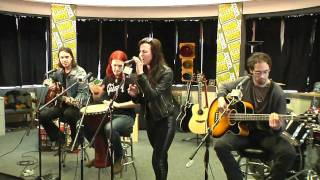getlinkyoutube.com-Halestorm - All I Wanna Do is Make Love to You (acoustic, cover, w /interview, 720p)