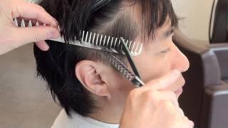 getlinkyoutube.com-SHINBIYO 2013年6月号特別付録 30代からのメンズヘア 顔周り大辞典 Door 吉澤剛さんのメンズデザイン提案