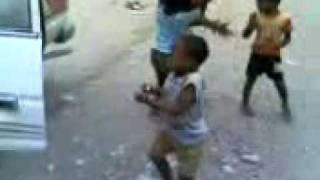 getlinkyoutube.com-So funny African kids dancing :)