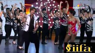 getlinkyoutube.com-Hrithik Roshan IIFA Dance Performance On Tu Meri Song From Bang Bang Movie