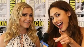 "getlinkyoutube.com-""The 100"" Cast Talks Season 2 Spoilers & LOST Comparisons! Comic Con 2014"
