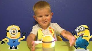 getlinkyoutube.com-Миньоны игрушки. Крутящийся и поющий Стюарт.Minions go Bananas Spinnin Stuart
