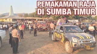 getlinkyoutube.com-EksplorIndo: Pemakaman Raja di Sumba Timur