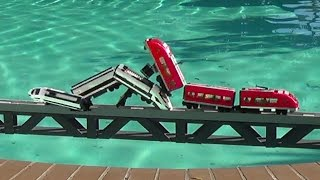 getlinkyoutube.com-Lego trains crashes on a bridge and more compilations