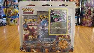 getlinkyoutube.com-Rayquaza Steam Siege Blister Pack Opening