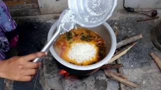 getlinkyoutube.com-Indian MUSLIM BEST CHICKEN Dum BIRYANI Prepared for Small Family & Street food & Village food