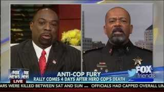 getlinkyoutube.com-Fox Cop: Black Lives Matter Protesters Are 'Garbage' And 'Sub-Human'