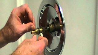getlinkyoutube.com-How to repair a leaky single lever moen bath or shower faucet..Older style